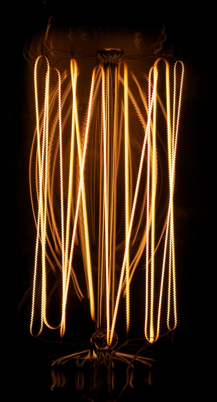 edison-light-bulb